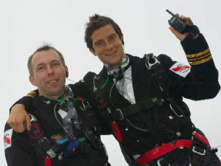 Icom Assist World Record for the Highest Formal Dinner Party – The Champagne Mumm Altitude Challenge