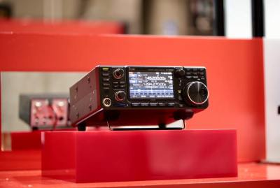 Icom IC-9700 VHF/UHF/1.2GHz Prototype transceiver Shown at Tokyo Hamfair