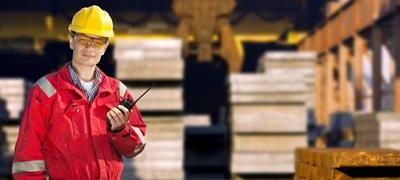 Factors to consider when choosing a Two Way Radio System for a Warehouse